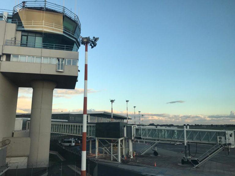 Aeroporto di Catania: chiuso un settore dello spazio aereo a causa dell'attività eruttiva dell'Etna