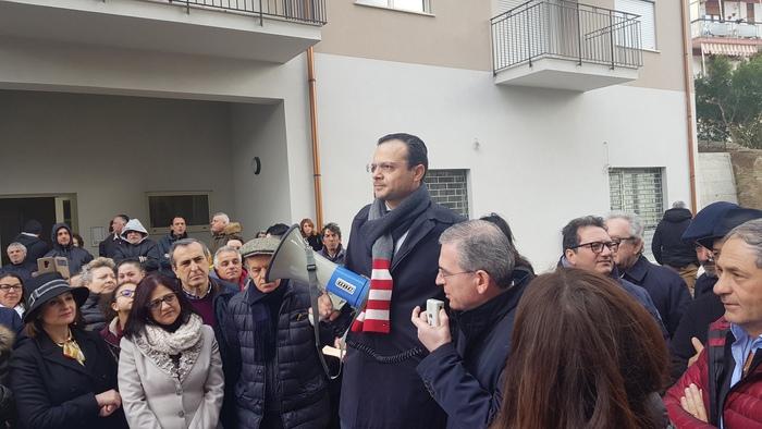 Messina, via la baraccopoli: consegnate prime 100 case. Dalla Regione 50 mln per proseguire risanamento
