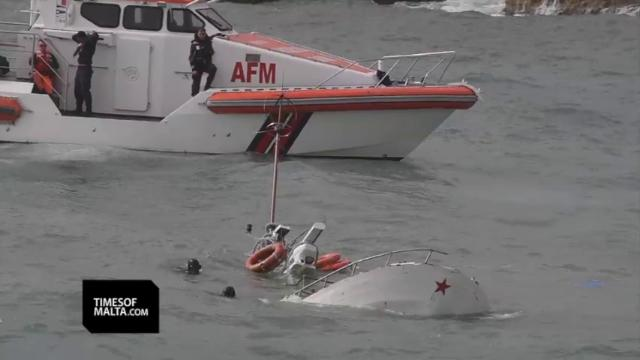 Affonda un peschereccio siracusano al largo di Malta: un morto e un disperso, due raggiungono riva a nuoto