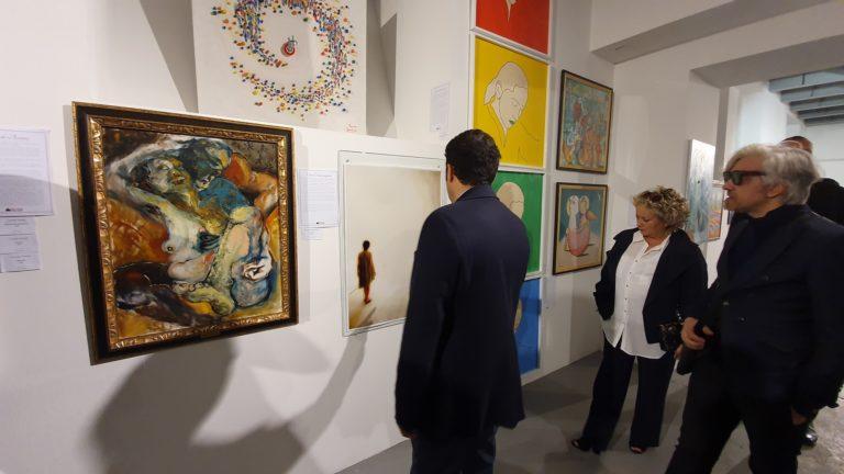 """L'artista altoatesina Sigrid Plattner in mostra a Laives, con """"Astrid"""", presentata da Salvo Nugnes"""