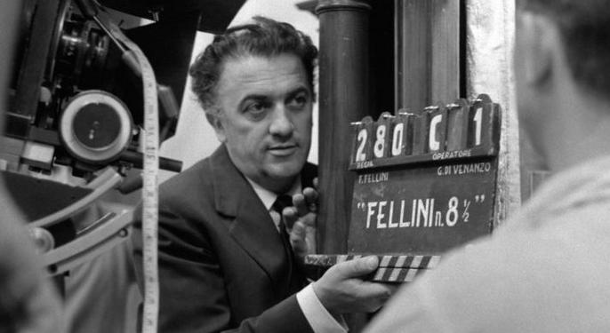 Omaggio a Federico Fellini, signore del cinema e del fumetto