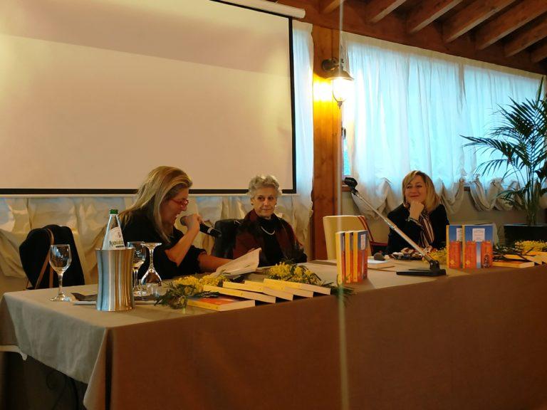 Simonetta Agnello Hornby incontra l'Istituto Comprensivo di Torregrotta: ed è una lezione indimenticabile [VIDEO]
