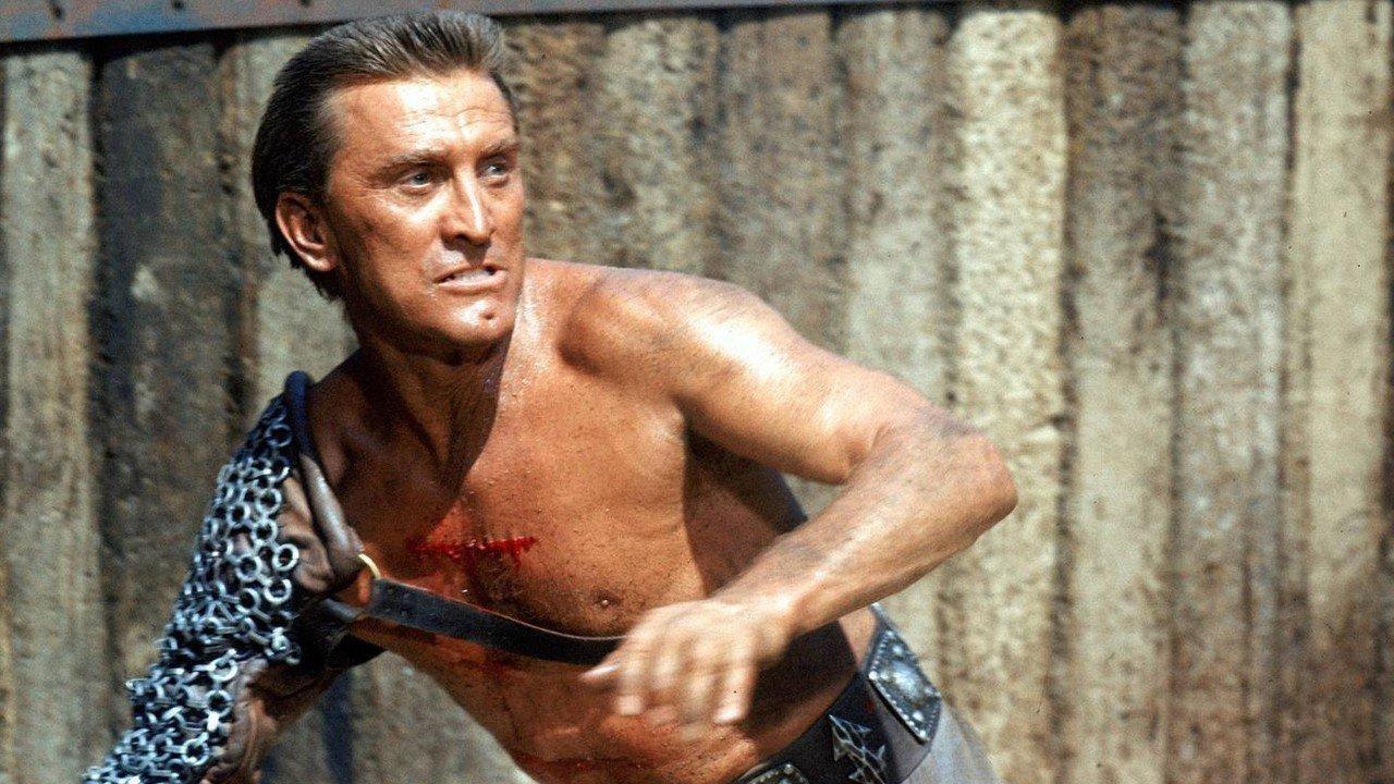 Kirk Douglas, lo Spartaco del cinema che amava l'Italia e sfidò il maccartismo
