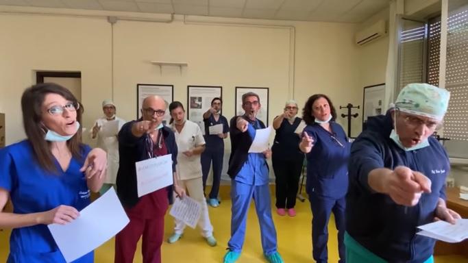 """Mogol riscrive """"Il mio canto libero"""" e nasce l'Inno dei  medici contro il #CoronaVirus [VIDEO]"""