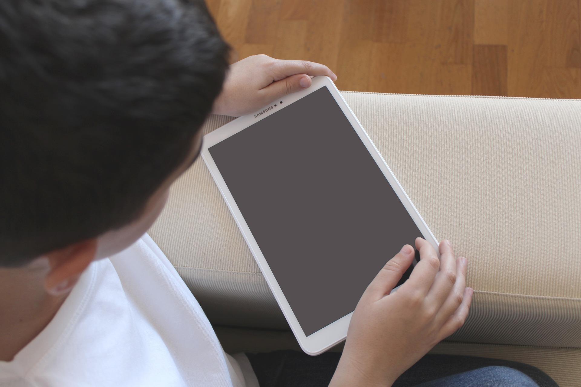 Didattica digitale in Sicilia: siglato l'accordo con Fastweb