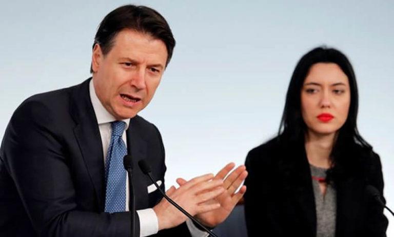 """Dl imprese, Conte: """"Liquidità per 400 miliardi a imprese, potenziato golden power"""""""