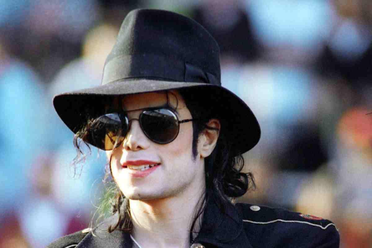 """Il 25 giugno del 2009 moriva Michael Jackson, l'afroamericano figlio di operai che divenne """"Re del Pop"""""""