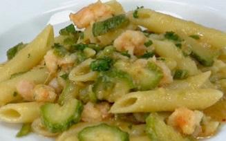 Pasta zucchine e gamberetti: una ricetta estiva e sfiziosa