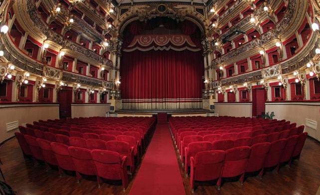 """Teatro Stabile di Catania, la direttrice Sicignano: """"Per colpa del Covid molti teatri non riapriranno. Fare l'attore diventerà un mestiere per ricchi"""""""
