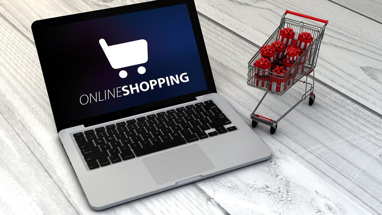 Ti piace fare acquisti online? Ecco qualche trucco per comprare in sicurezza