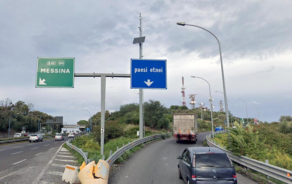 Autostrada A18: chiusa per una notte l'uscita Paesi Etnei per lavori di pavimentazione